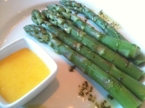 English Asparagus & Hollandaise
