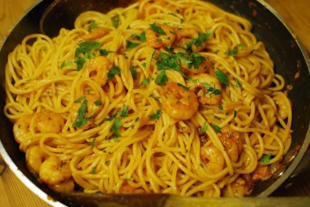 Tomato & Prawn Spaghetti